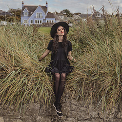 Elle-May Leckenby - Lamixx Romantic Ruffle Peasant Dress Cotton Handmade, Camper Uno Sneakers - Scottish seaside