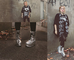 Izzy McLeod - Kerold Moonchild Holographic Boots, Urban Outfitters Lace Kimono, Gingham Skort, Extreme Largeness Ohm Choker - But you gotta get out of bed