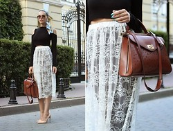 Rita Galkina - Bcbg Bag, Gianvitto Rossi Shoes, River Island Top - Italian mood