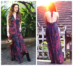 Stephanie Timmins - Label Mansion Maxi Dress, Forever 21 Ankle Boots - Day Dreaming in Batik & Silk !