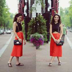 Jasmin - Boohoo Crop Top, Topshop Culottes, Michael Kors Bag, Boohoo Sandals - Summer in Amsterdam