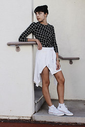 Taylor Balding - Frontrowshop Top, Oasap Skirt, Fossil Tied Shirt, Vestal Watch, Converse High Tops - Unity
