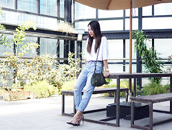 Patricia Prieto - Suiteblanco Top, Givenchy Bag, Suiteblanco Boyfriend Jeans, Valentino Heels - Just Hanging Out