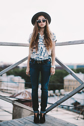 Polina Brzhezinskaya - Asos Fedora, Ray Ban Aluminium Clubmasters, H&M Man's Shirt, Asos Man's Belt, Michael Kors Watches, Bjorg Spine Ring, Tommy Hilfiger Jeans, United Nude Pumps -  The Ballad of Edward Kenway