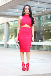 Mayte Doll - Missguided Cut Out Midi Dress, Missguided Lace Up Heels - Red is the New Black