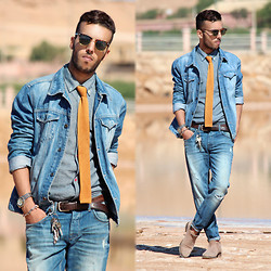 Faissal Yartaa - Soorty Original Jeans, Levi's® The Trucker Jacket, Aspecd Apparel Aggregate Array Japanese Dungaree, Bows'n Ties Golden Mustard Colored Knitted Necktie, Giantvintage Giant Vintage - HIPSTER.