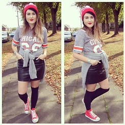 Amelia Rose Hopcroft - Kings Ransom Apparel Beanie Hat, Celeb Look Uk T Shirt, H&M Skirt, Primark Knee Socks, Converse Shoes - Burning Desire.
