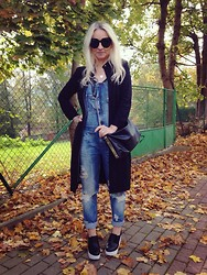 Radana Adachi - R&E Rosessence Heels, Zara Jeans, Zara Bag, Gina Tricot Body, Ralph Lauren Coat, Céline Sunglasses - Just Fall
