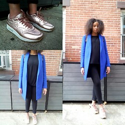 Kaylin August - Nike Bronze Air Max, Forever 21 Blazer, Buffalo Exchange Thrifted, Divided Jeans - Big blue