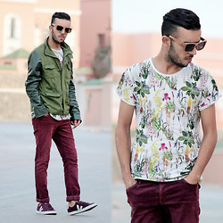 "Faissal Yartaa - Woodzee Dakota Pear Wood Black Dip Sunglasses   Smoke, Yeah Bunny T Shirt "" Zielarka, Army - GREEN  FLOWERS"
