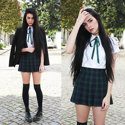 CLAUDIA Holynights - Frontrowshop Shirt, Tailored Tartan Skirt, Calzedonia Over The Knee Socks, Dr. Martens Boots - We are the Pretty Petty Thieves