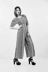 Sarah Schadler - Vintage Patterned 70's Jumpsuit, Chunky Heeled Peep Toe Leather Sandals - Self-Limited