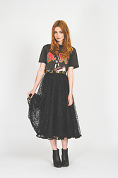 Hannah Louise - We Are Cow Vintage Ac Dc Shirt, We Are Cow Vintage Lace Midi Skirt, Missguided Snakeskin Ankle Boots - We Are Cow - Blogger's Choice #2