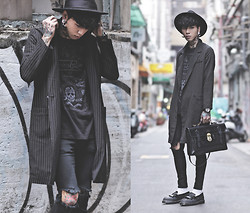 IVAN Chang - P & Co Black Tee, Mcving Black Leather Briefcase Satchel, Klasse14 Black Watch - 131014 TODAY DR.MARTENS STYLE