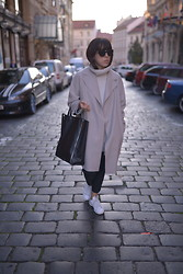 Michal Shulman - Zara Turtleneck, Acne Studios Jacket, Céline Bag, All Saints Pants, Adidas Sneakers - Pragueing