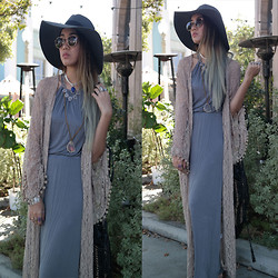Sera Brand - Bamboo Sky Hat, Lucky Brand Stone Crystal Necklace, Gypsum Style Dress, Spell Designs Dream Weaver Bag - In My Element