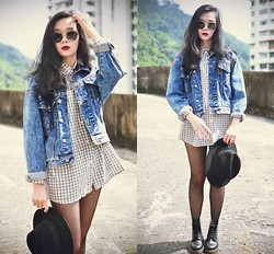 Tess Lively - Younghungryfree Boyfriend Checkered Shirt, Vintage Denim Jacket, Dr. Martens Boots - Hello tomorrow