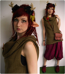 Rabbit Heart - Made By Me Autumn Antlers, The Elven Caravan On Etsy Faun Ears, Made By Me Autumn Brooch, Made By Me Tube Sweater, H&M Bag, H&M Shoes - Faun Traveller