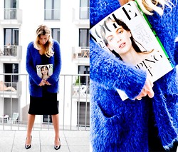 Fashiontwins - Amisu Coat, H&M Dress, Guess? Shoes, Vogue Magazine - Vogue style