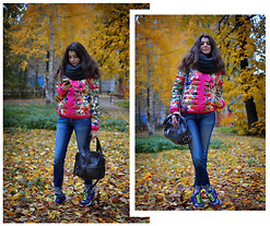 Anastasia Krymova - New Balance Sneakers, Pieces Scarf - SPORTY