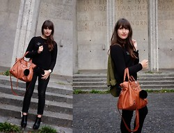 Vanessa P. - Mango Sweater, Levi's® Skinnies, Lola Cruz Wedges, Balenciaga Bag, Chanel Brooch - Efortlessly Chic