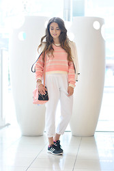 Amparo Zepeda - Kenneth Cole Cross Bag, Adidas Sneakers - Wearing PINK