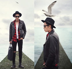 Mike Quyen - Viparo Leather Biker Jacket - GIVEAWAY on www.quyenmike.com