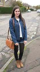 Olivia Tomczak - Levi's® Levi's Denim Jacket, H&M White Crochet Jumper, Forever 21 Denim Shorts, Asos Cute Dolly Socks, Clarks Leather Boots, Fossil Memoir Novel Flap Bag - Denim and Caramel Browns