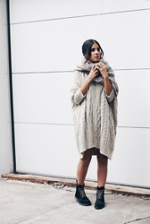 Elif Filyos - Vintage Cableknit Sweater, Mango Oversized Sweater Dress, Topshop Ponyhair Effect Boots - Sweater Overload