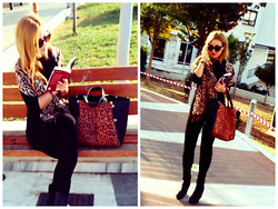 Maria Pasiali - Marifashion Scarf Leopard, Zara Black Leggins - There is no friend as loyal as a book