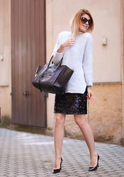 Laura Maxim -  - Cozy sweater and sequin skirt