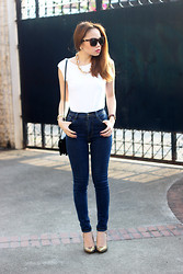 Stephanie D - Ripples Backless Top, Pinkaholic Skinny Jeans, Fly Shades Harlow - Denims & Chains