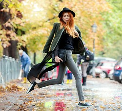 Ebba Zingmark - Black Five Jacket, Esprit Bag, Barrow Shoes, Cheap Monday Jeans, 2hand Hat, Photo The Stylograph, Blackfive Top - If there are boundaries, I will try to knock them down