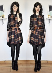 Kayleigh I - Monsoon Lace, Accessorize Tartan, M&S Chain - You are the fire