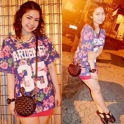 Lyssa Nicole Dicen - Thrifted Floral Print Shirt, Bandage Skirt, Call It Spring Sling Bag, Gshock Watch, Call It Spring Necklace, Jelly Sandals, Call It Spring Anklet - Sweet memories ♡
