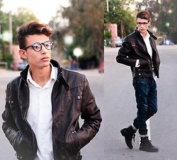 Ahmed Elhadî - Milanoo Jacket, Zara Boot, Zara Jean - Witty