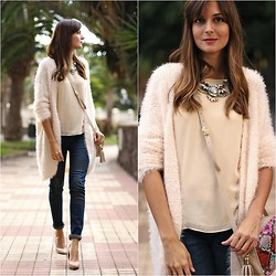 Marianela Yanes - C&A Cardigan, C&A Jeans, Imperio Clandestino Bag, Choies Necklace - Pink Cardigan