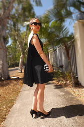 Danielle Taheny - Cue Cape Dress, Primark Black And White Stripe Clutch, Minkpink Cat Eye Sunglasses, Vintage From L.A. 1940's Earrings - Hunting in Heels: The Cape Dress