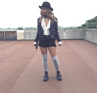 Moxia Moon - Bailey Of Hollywood Fedora, H&M Leather Jacket, Jeffrey Campbell Cobalt Boots - The Craft