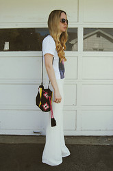 Stacey Belko - Dimepiece T Shirt, Zara Bag, Missguided Pants - White flare.