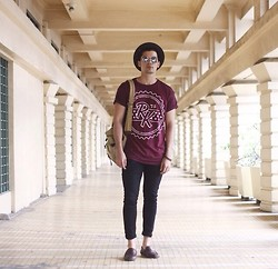 Robbie Becroft - Topman Top, Zara Pants - Campus feels