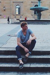 Louis Holtkamp - Timberland Boat Shoe, Carhartt Navy Jeans, G Star Raw V Tshirt - End of the Summer