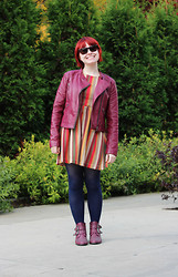 Jamie Rose - Forever 21 Maroon Leather Jacket, Modcloth Chevron Fit And Flare Dress, Target Navy Blue Tights, Boohoo Maroon Ankle Boots, Sam's Club Wayfarers - Chevron in Chicago