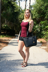 Laurie Lorallure - Michael Kors Bag, Aldo Sandals, Abercrombie & Fitch Top - BLACK AND BURGUNDY