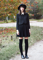 Nora Aradi - Choies Hat, Choies Skirt, Primark Oxfords - COVEN