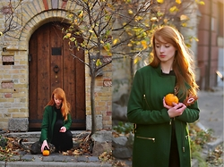 Alina K. - Zara Coat - Pumpkins and Cats