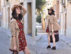 EmerJa Design - Sammydress Trench, H&M Hat, Audley Shoes, Compañía Fantástica Dress - Red animal Print