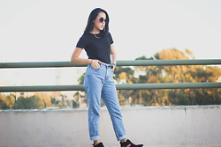 Rachel Park - Urban Outfitters Black Top, Calvin Klein Mom Jean, Amazon Cut Out Boots - I GOT IT FROM MY MOMMA