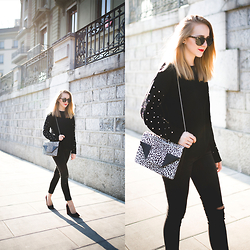 TIPHAINE MARIE - Sweater, Bag, Jeans, Pumps, Sunnies - October light.