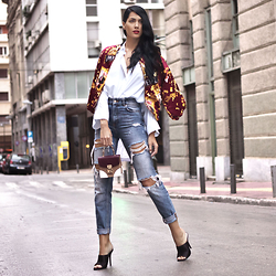 Konstantina Tzagaraki - Bomber, Shirt - Inspiration is what keeps us well..